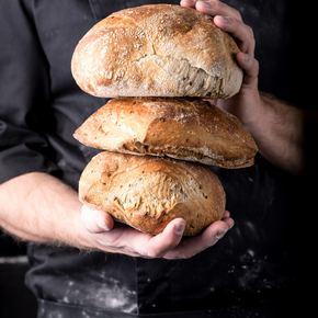 Surdeigsbrød med linfrø