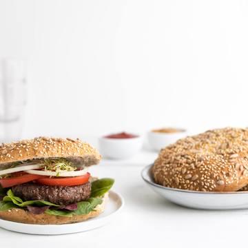 Hamburgerbrød hjemmelaget