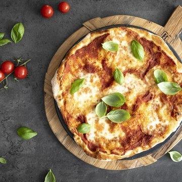 Italiensk pizzabunn - tynn og sprø